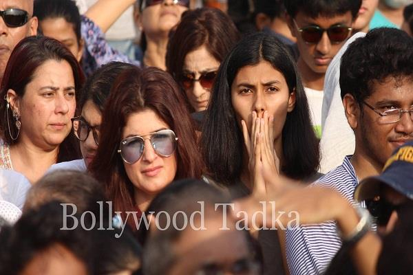 bollywood join protest justice for kathua rape case