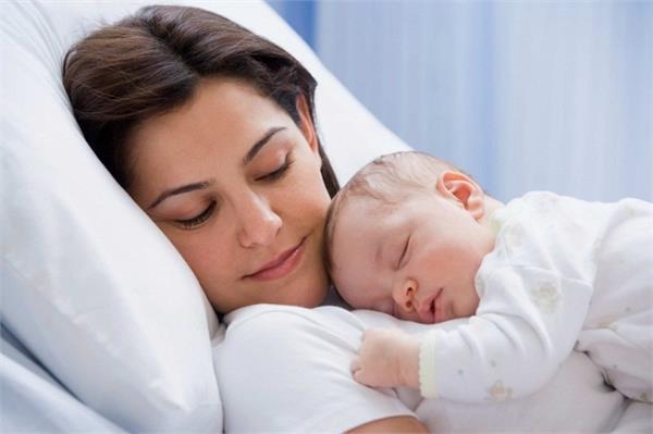 शिशु को सुलाते वक्त इन बातों पर करें गौर, हमेशा रहेगा हंसता-खेलता