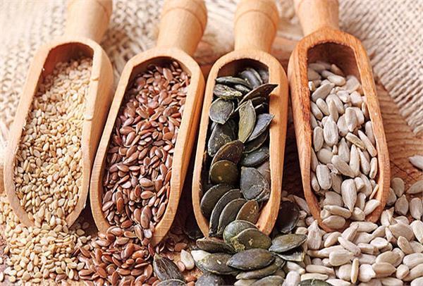 डाइट में शामिल करें ये 7 तरह के बीज, सेहत की कई प्रॉब्लम रहेगी दूर
