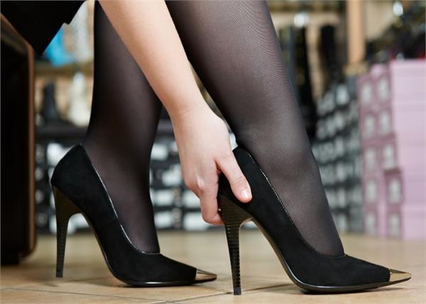 गलत साइज के जूते पहनने पर होती है ये 5 बीमारियां