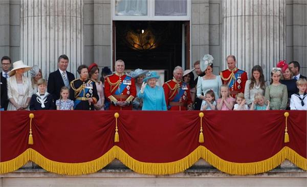 क्वीन के बर्थ डे पर मेगन ने तोड़ दिया यह Royal Rule