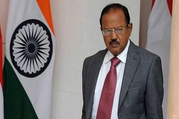 आलोक वर्मा पर लगा अजित डोभाल के फोन टैप कराने का आरोप, दिल्ली HC ने केंद्र से मांगा जवाब