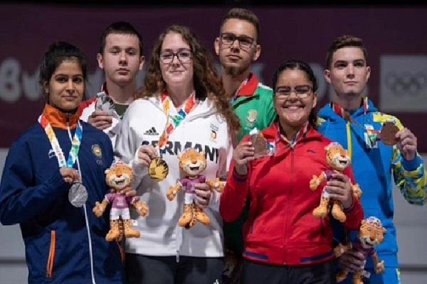 PunjabKesari, youth olympic, manu bhker, silver medal