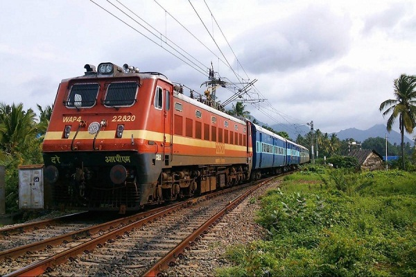 companies supplying railways demanded tax credit under gst