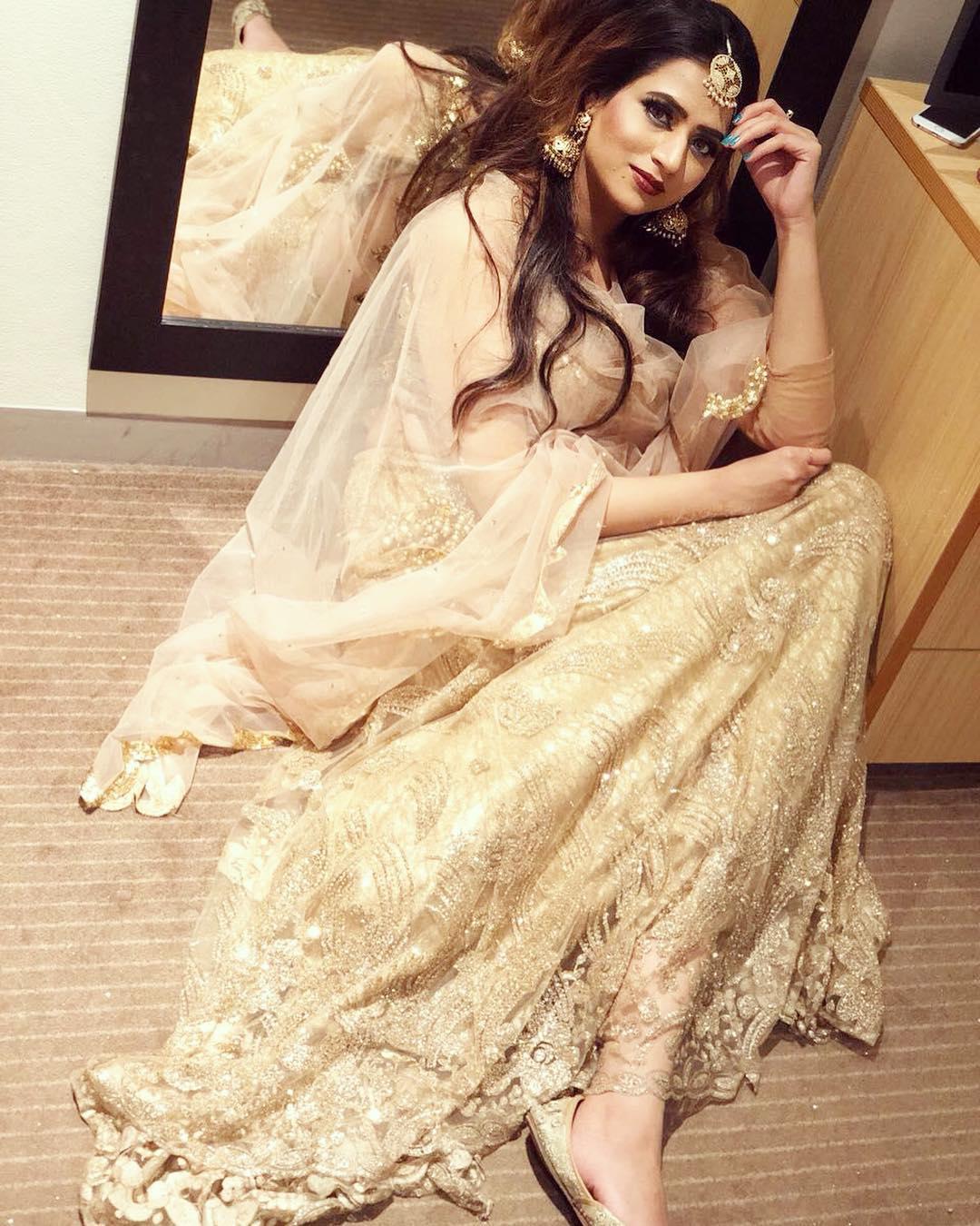 Bollywood Tadka, ओशिन बरार फोटो, ओशिन बरार इमेज, ओशिन बरार फोटो वॉलपेपर फुल एचडी फोटो गैलरी फ्री डाउनलोड