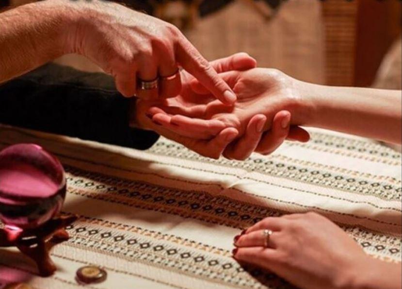 PunjabKesari Financial Prosperity in palmistry