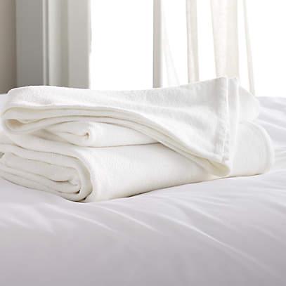 PunjabKesari, White blanket, सफेद कंबल