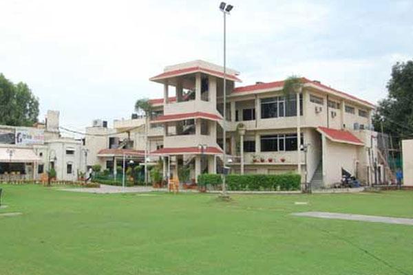 PunjabKesari, Legal notice issued to Gymkhana President, Senior Vice President and Secretary
