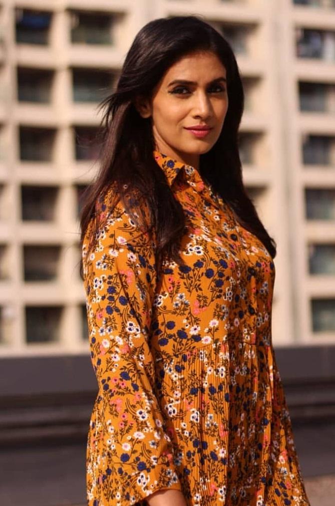 Bollywood Tadka,सोनाली कुलकर्णी इमेज,सोनाली कुलकर्णी फोटो,सोनाली कुलकर्णी पिक्चर,