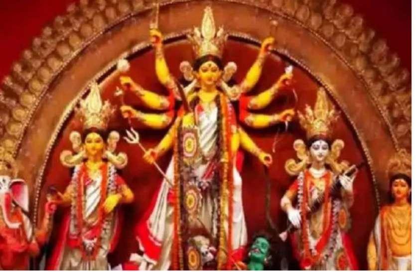 PunjabKesari All Durga Puja pandals declared no entry zone in West Bengal