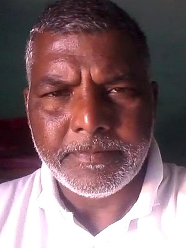PunjabKesari, Man hangs up making 30 second video
