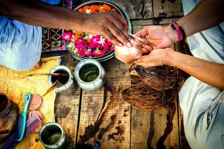 PunjabKesari,  Sarvpitru Amavasya 2019, Sarvpitri Amavasya, सर्वपितृ अमावस्या, पितृ पक्ष, पितृ पक्ष 2019, पितरों, पितर तर्पण, पिंडदान, Pinddaan