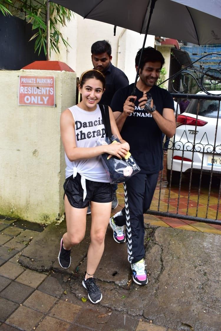 Bollywood Tadka, सारा अली खान इमेज, सारा अली खान फोटो, सारा अली खान पिक्चर, कार्तिक आर्यन इमेज,कार्तिक आर्यन फोटो,कार्तिक आर्यन पिक्चर