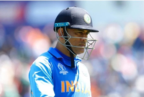 PunjabKesari, ms dhoni images, ms dhoni photos, dhoni hd images, धोनी फोटो