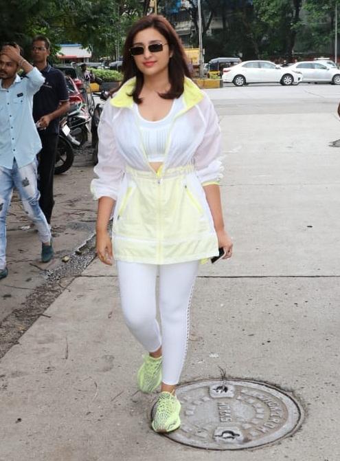 Bollywood Tadka,परिणीति चोपड़ा इमेज,परिणीति चोपड़ा फोटो,परिणीति चोपड़ा पिक्चर