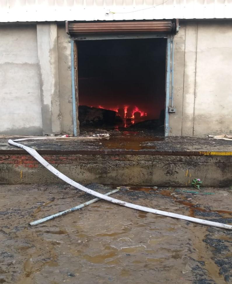 PunjabKesari, Terrific fire in Machhiwara's thread mill, loss of millions