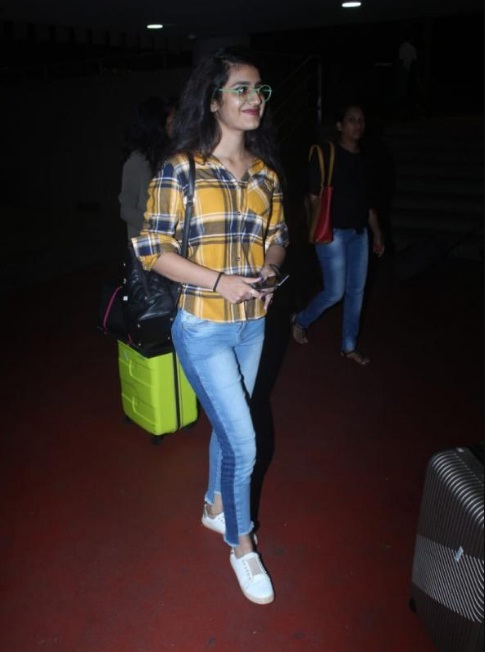 Bollywood Tadka, प्रिया प्रकाश वारियर इमेज, प्रिया प्रकाश वारियर फोटो, प्रिया प्रकाश वारियर पिक्चर,