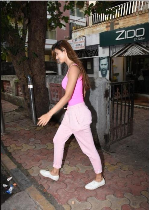 Bollywood Tadka,दिशा पाटनी इमेज,दिशा पाटनी फोटो,दिशा पाटनी पिक्चर,