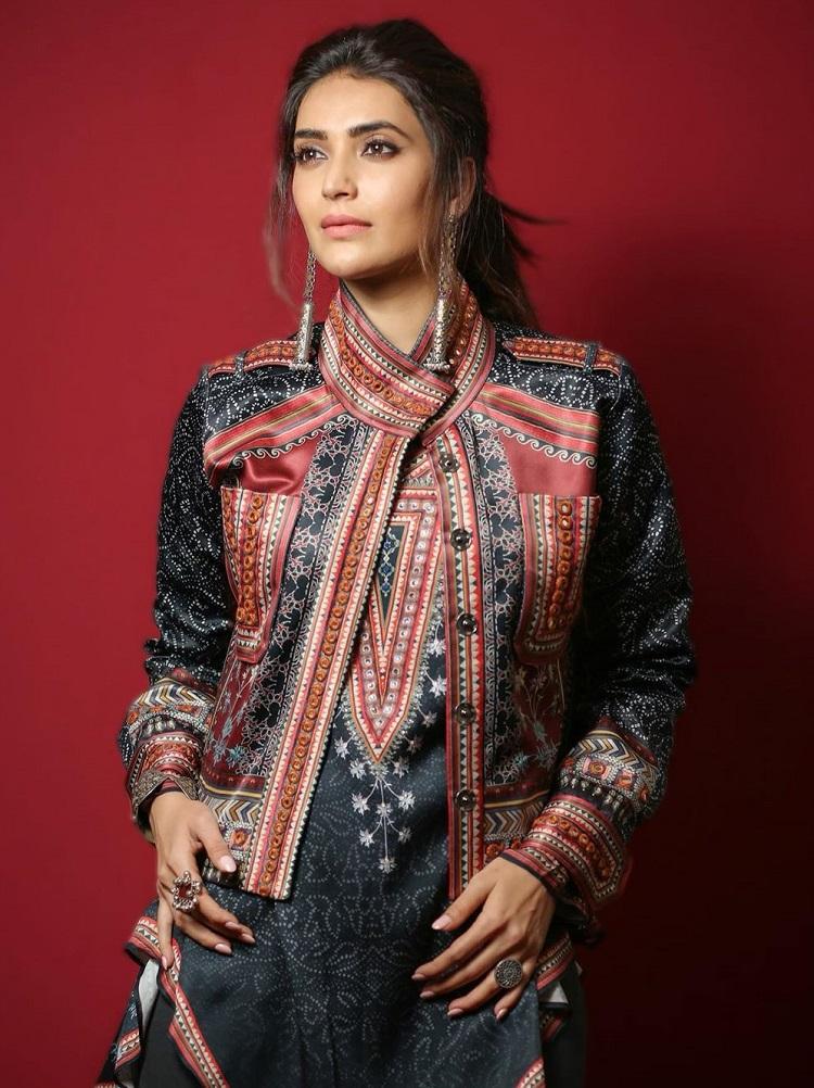 Bollywood Tadka,Karishma Tanna Image,Karishma Tanna Photo, Karishma Tanna Picture,