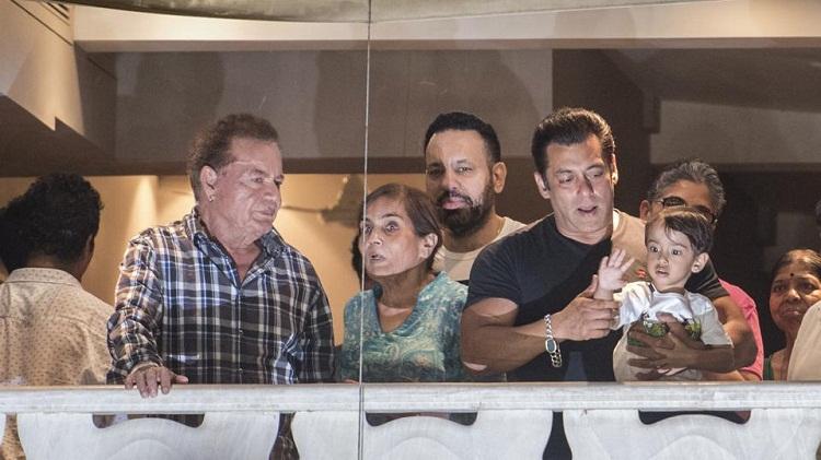 Bollywood Tadka, Salman Khan image, Salman Khan photo,  Salman Khan picture