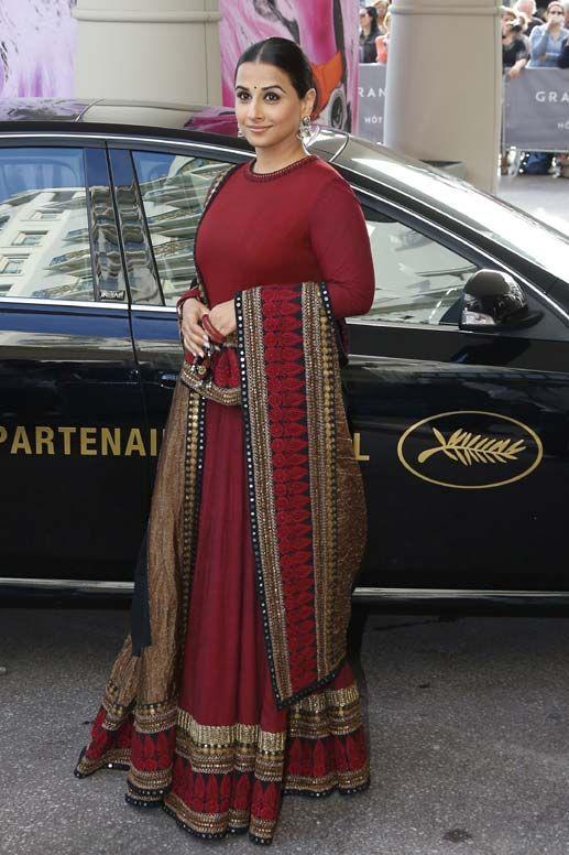 PunjabKesari, Marsala color Outfit image, मरसाला कलर आउटफिट इमेज
