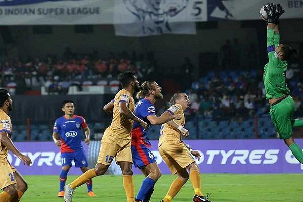 Sports news, Football news in hindi, Indian Super League 2018, Mumbai City FC, Bengaluru FC, draw match