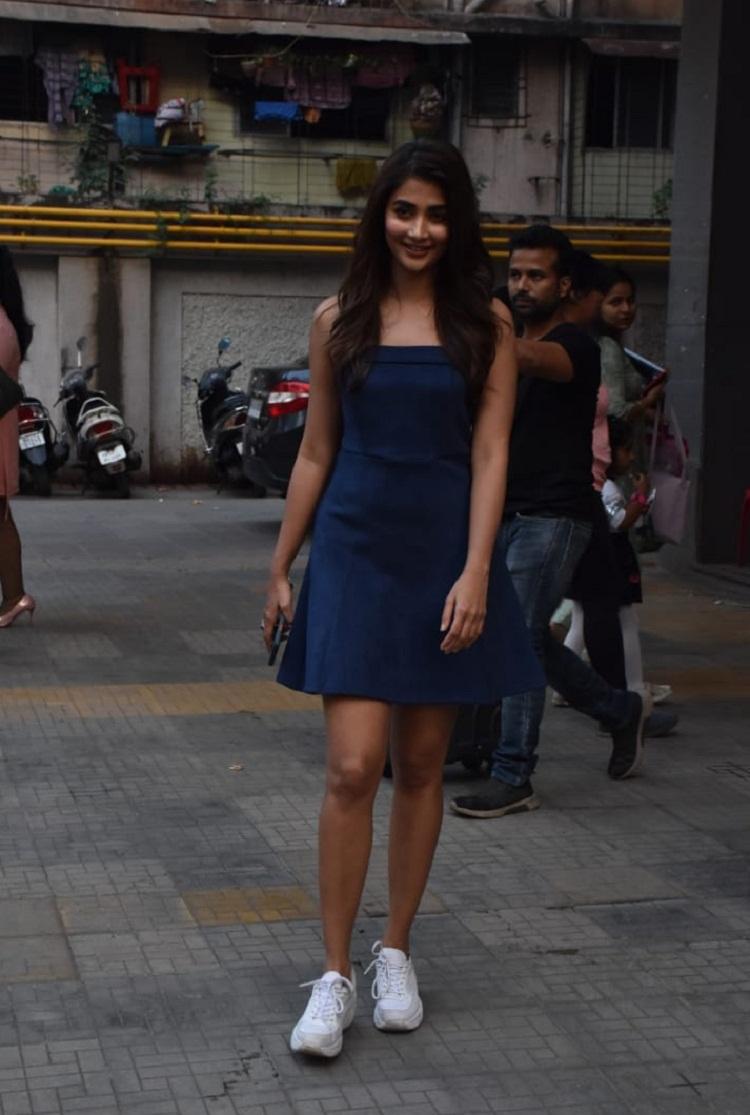 Bollywood Tadka,,pooja hegde image,pooja hegde photo, pooja hegde pictures