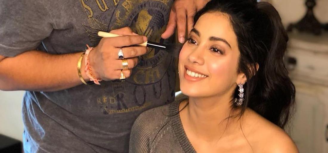 PunjabKesari, Janhvi Kapoor Image, जाह्नवी का ब्यूटी सीक्रेट इमेज, जाह्नवी की खूबसूरती का राज इमेज