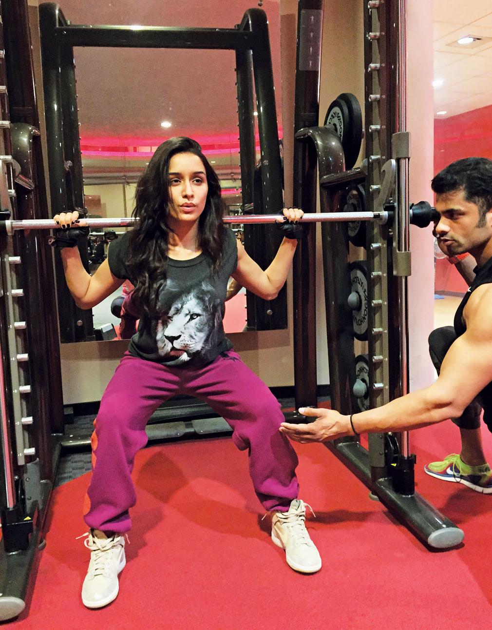 PunjabKesari, Shraddha Kapoor Fitness Image, श्रद्धा का फिटनेस सीक्रेट इमेज