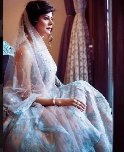 Bollywood Tadka,पूजा बत्रा इमेज,पूजा बत्रा फोटो, पूजा बत्रा पिक्चर,