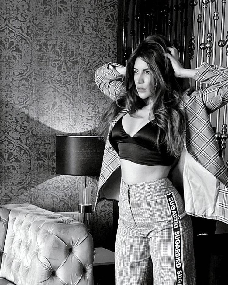 Bollywood Tadka,shama sikander image, shama sikander  photo, shama sikander pictures