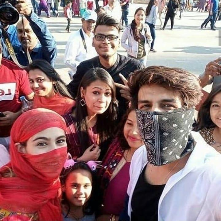 Bollywood Tadka,सारा अली खान इमेज,सारा अली खान फोटो,सारा अली खान पिक्चर,कार्तिक आर्यन इमेज, कार्तिक आर्यन फोटो,कार्तिक आर्यन पिक्चर,