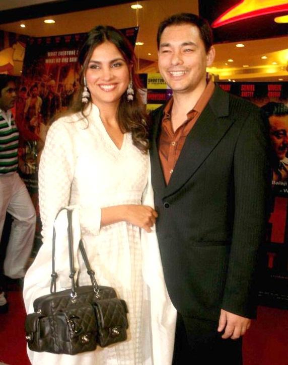 Bollywood Tadka,लारा दत्ता इमेज,लारा दत्ता फोटो,लारा दत्ता पिक्चर