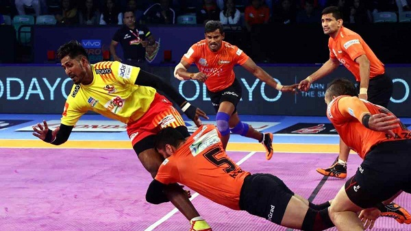 Sports news, kabaddi news in hindi, Pro Kabaddi League 2018, U Mumba, defeated, Gujarat Giants, 36-26