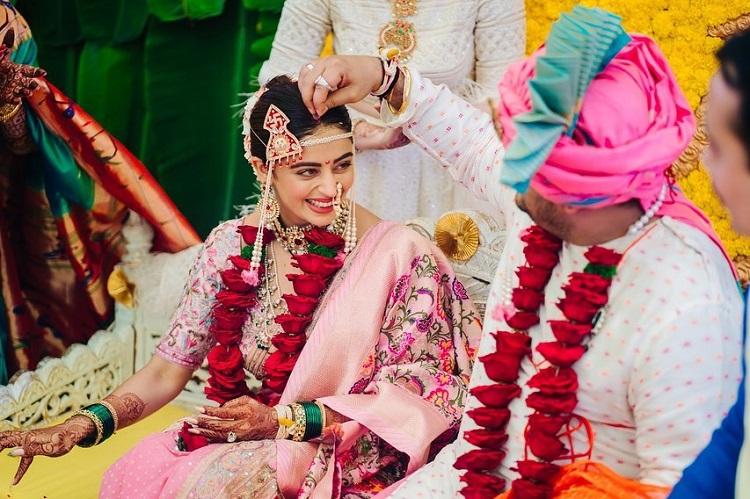 Bollywood Tadka,neha pendse image,neha pendse photo,neha pendse picture,shardul singh bayas image, shardul singh bayas photo, shardul singh bayas picture,