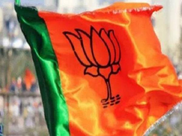 PunjabKesari, Madhya Pardesh Hindi News , Bhopal Hindi News,  Bhopal Hindi Samachar, BJP, Abhishek Gopal Bhargav, Attack, Face Book Post, BJP MP, Prahlad Patel