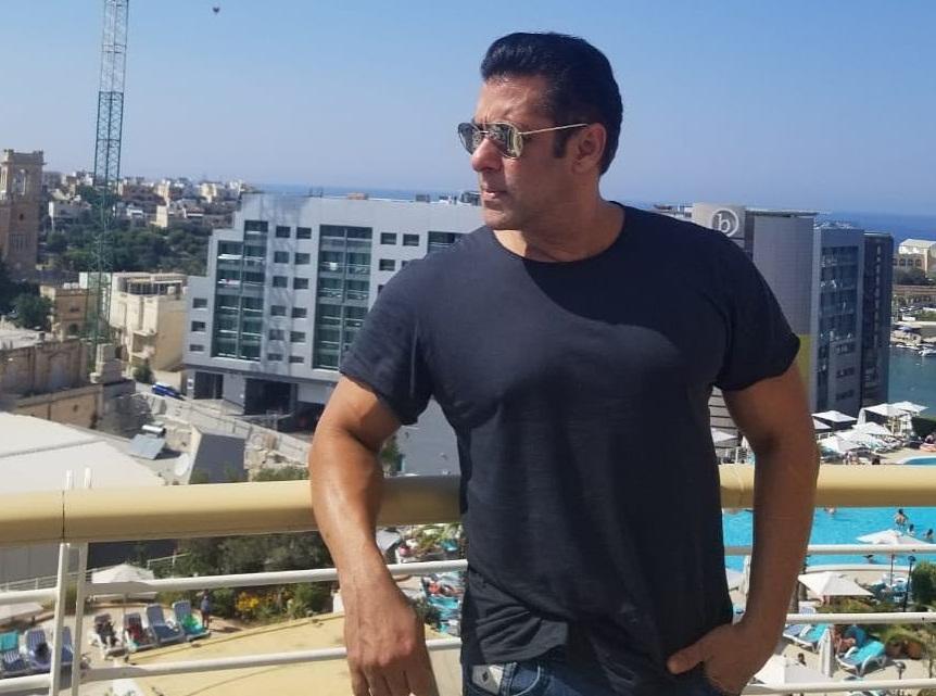 Bollywood Tadka,सलमान खान इमेज,सलमान खान फोटो,सलमान खान पिक्चर