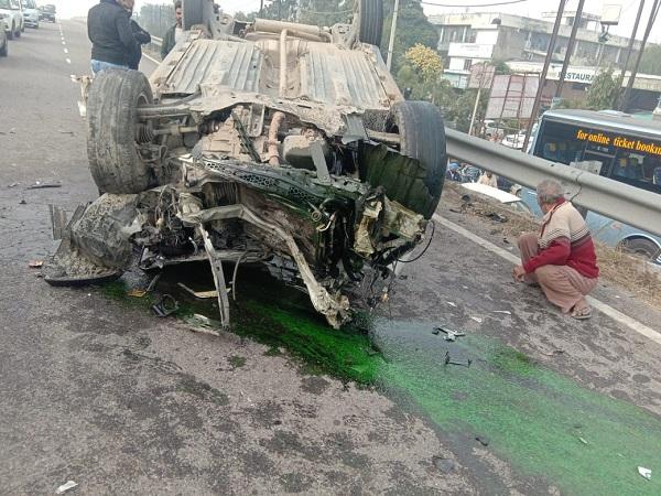 car overturned on road flyover