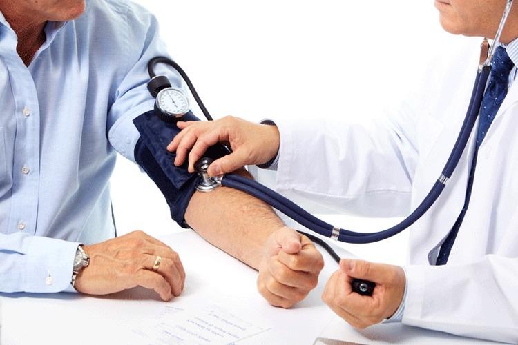 PunjabKesari, music benefits Image, High blood pressure image