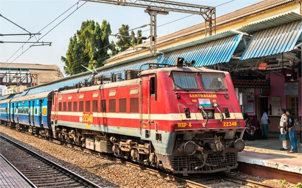 half a dozen trains running from chandigarh canceled