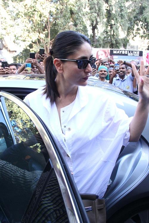 Bollywood Tadka,  Kareena Kapoor Images, Kareena Kapoor Pictures, Kareena Kapoor Photos