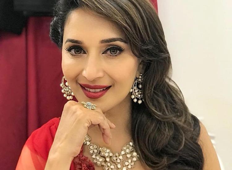 PunjabKesari, Madhuri Dixit Beauty secrets Image