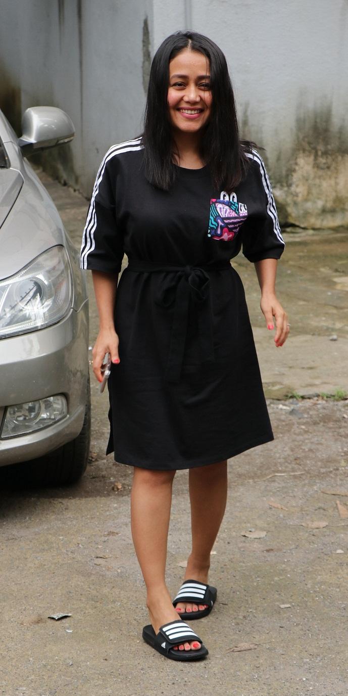 Bollywood Tadka,नेहा कक्कड़ इमेज, नेहा कक्कड़ फोटो, नेहा कक्कड़ पिक्टर