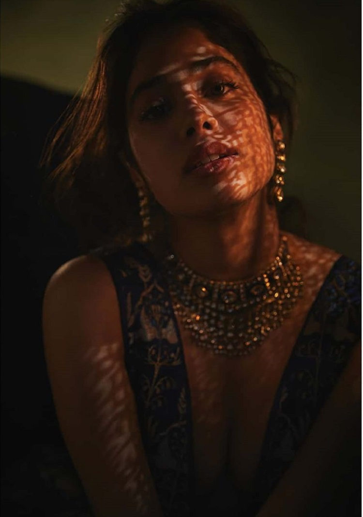 Bollywood Tadka,Janhvi Kapoor images,Janhvi Kapoor photo, Janhvi Kapoor Pictures