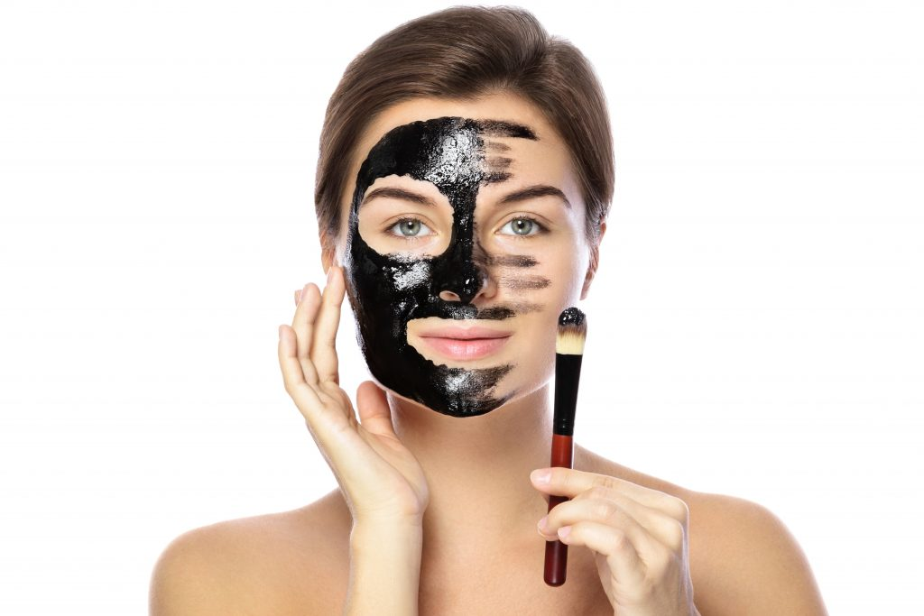 PunjabKesari, Shruti Hassan Beauty Secret Image, चारकोल मास्क इमेज, Charcoal Mask Image