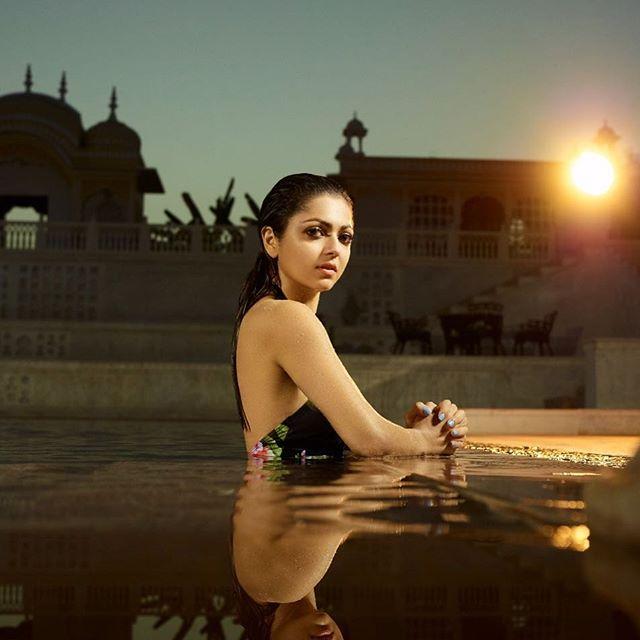 Bollywood Tadkaदृष्टि धामी इमेज, दृष्टि धामी फोटो, दृष्टि धामी पिक्चर