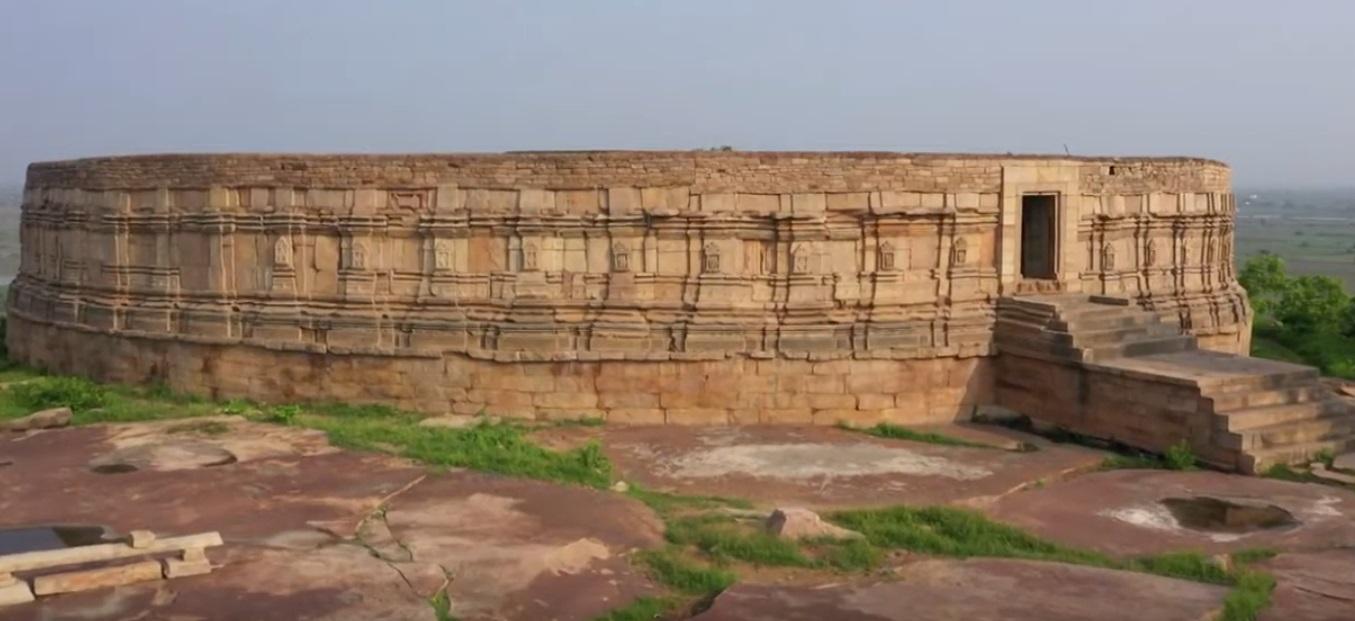 PunjabKesari, Madhya Pradesh News, Indian Parliament, Morena News, Edwin Lutyens, Hill of Mitawali, Sixty-four Yogini Temple, Temple Design