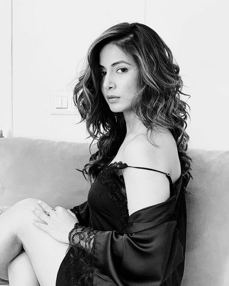 Bollywood Tadka,हिना खान इमेज,हिना खान फोटो,हिना खान पिक्चर