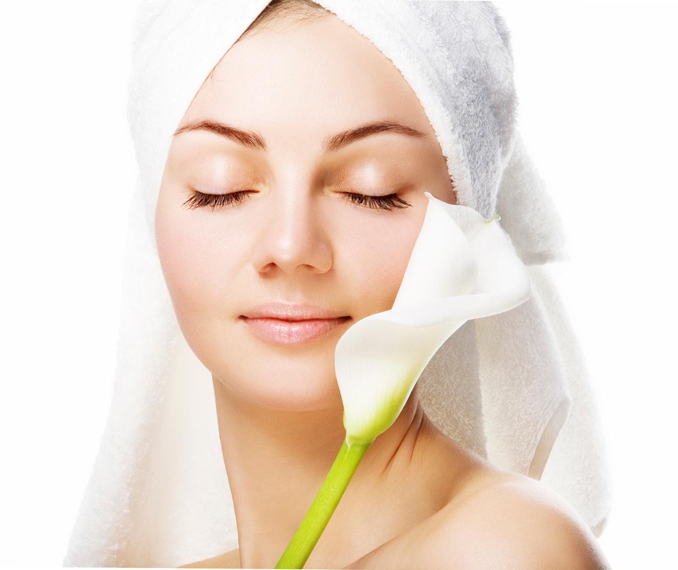 PunjabKesari, Glowing Skin Image, Saffron Water Image, केसर वाला पानी इमेज, केसर के फायदे इमेज