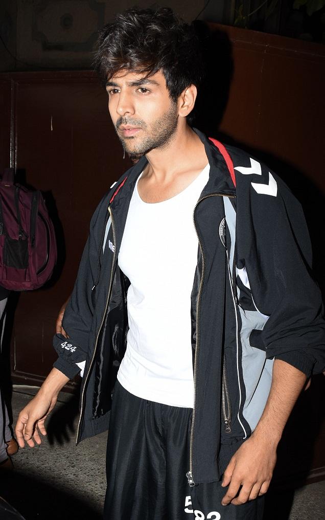 Bollywood Tadka,कार्तिक आर्यन इमेज, कार्तिक आर्यन फोटो, कार्तिक आर्यन पिक्चर,